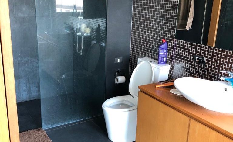 Two bedroom for rent in Ari - Second bathroom