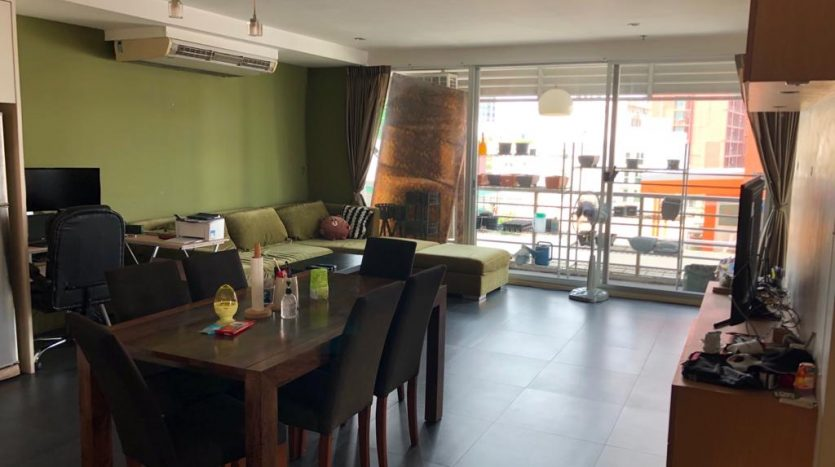 Two bedroom for rent in Ari - Living room
