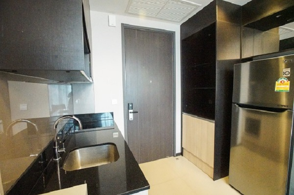 One bedroom condo for rent in Asoke - Entrance
