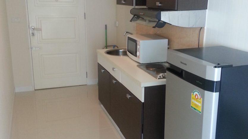 One bedroom for rent in Ari - Kitchen