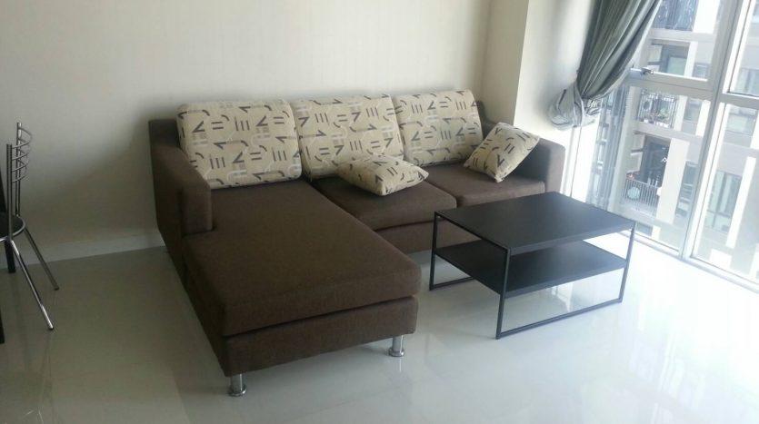 One bedroom for rent in Ari - Living room