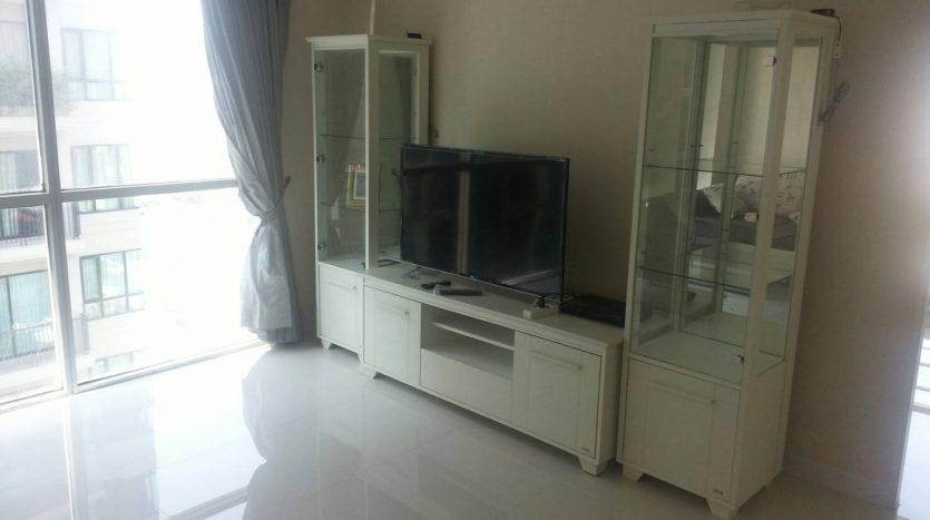 One bedroom for rent in Ari - TV