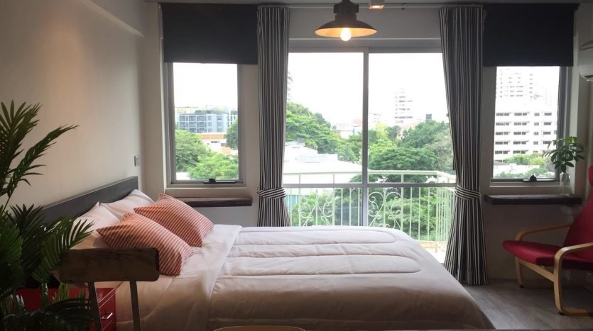 Studio for rent in Thonglor - Bedroom view