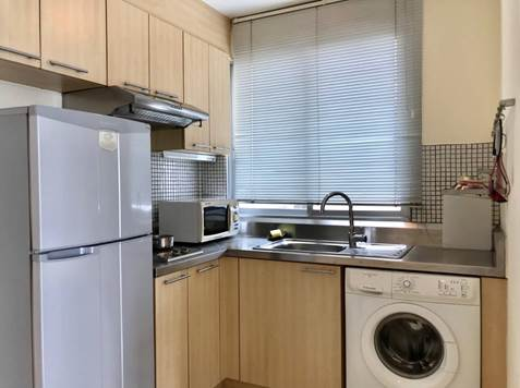 One bedroom unit for rent in Thong lo - Kitchen