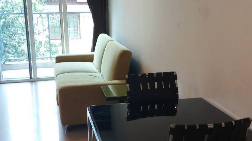 One bedroom unit for rent in Ari - Sofa