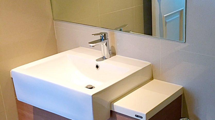 One bedroom condo for rent in Ari - Wash basin