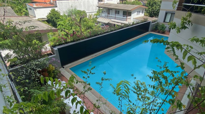 Two bedroom apartment for rent in Ari - Pool