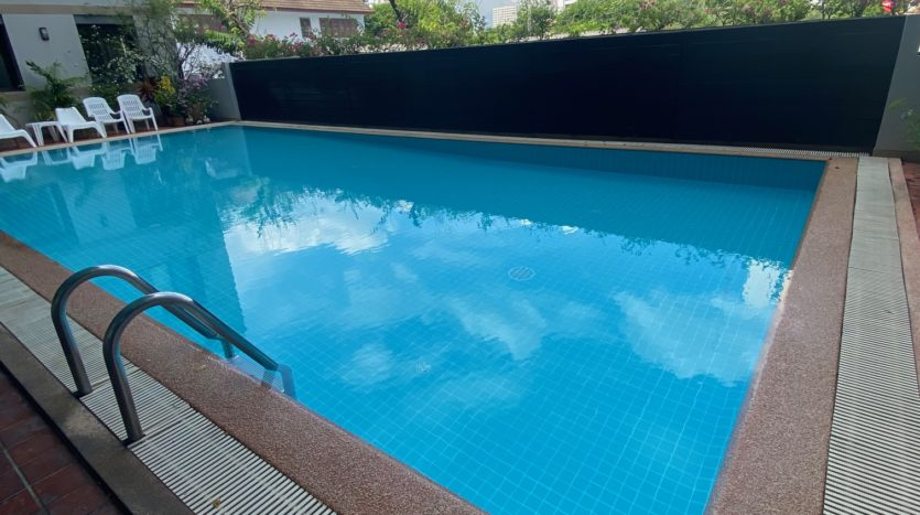 Two bedroom apartment for rent in Ari - Swimming pool