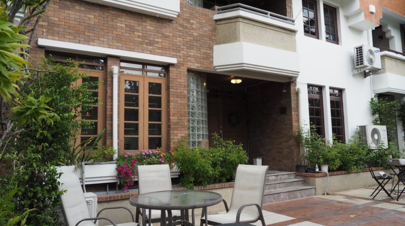 Townhouse for rent in Thong Lo - Chill out area