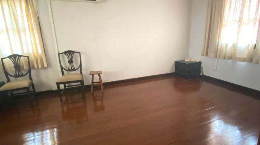 Five bedroom house for rent in Ari - Third bedroom