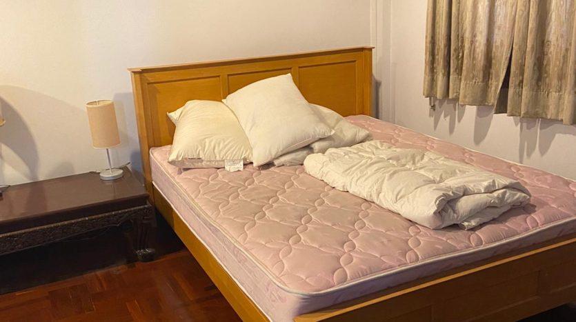 Five bedroom house for rent in Ari - Second bedroom