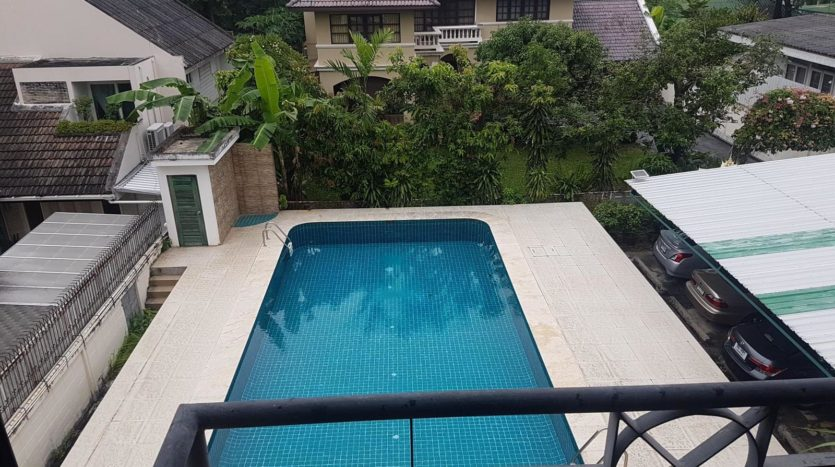 Three bedroom pet friendly condo for rent in Ari - Pool