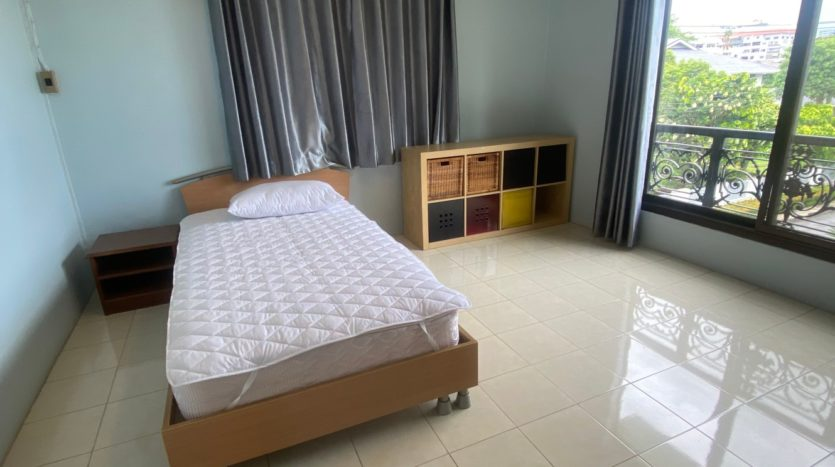 Two bedroom apartment for rent in Ari - Second bedroom