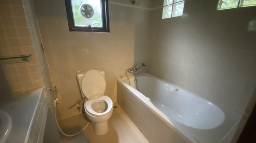 Two bed apartment for rent in Ari - En-Suite