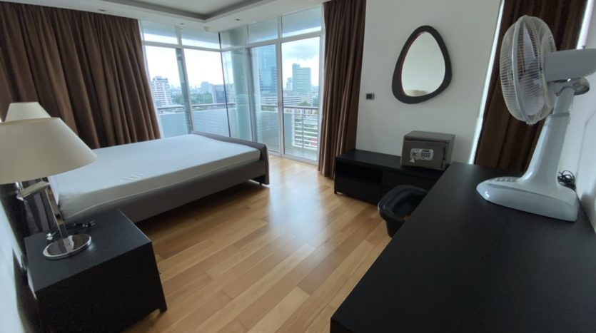 Two bed for rent in Ari -Bed