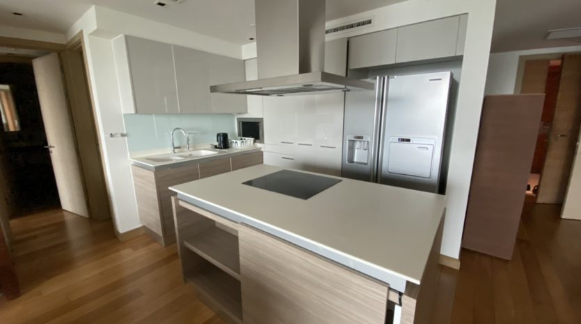 Two bed for rent in Ari - Kitchen